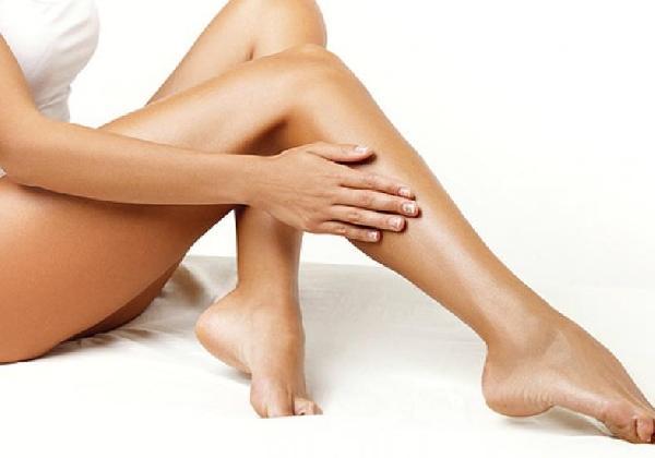O mercado de beleza oferece inúmeros tratamentos para as estrias (Foto: MdeMulher)