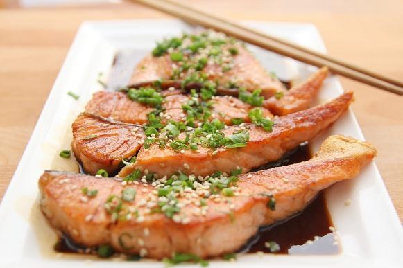 O salmão é um alimento rico em magnésio. (Foto Ilustrativa)