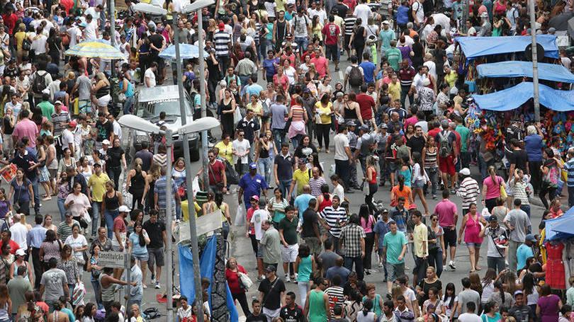 Centenas de lojistas esperam boas vendas nesta folia (Foto: Exame/Abril)