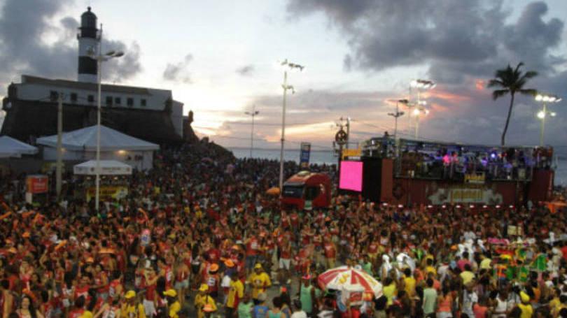 Opção de carnaval não faltam na cidade  (Foto: Exame;Abril)