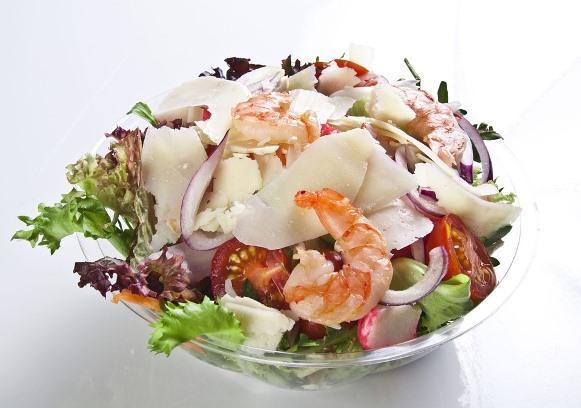 Salada de camarões. (Foto Ilustrativa)