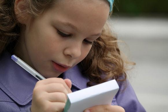 Para receber o cartão, a criança deve ser beneficiária do Bolsa Família. (Foto Ilustrativa)