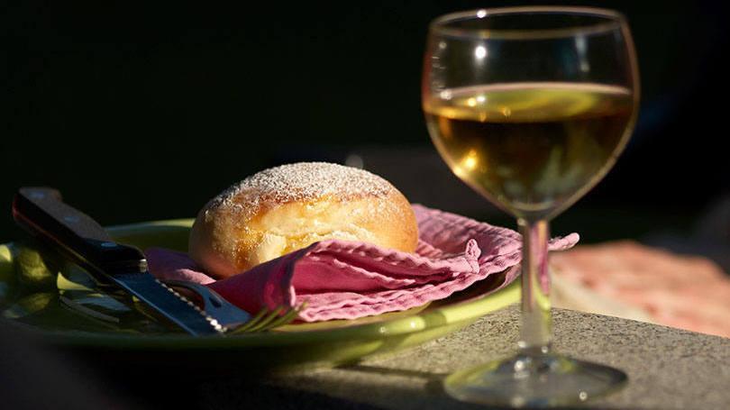 O famoso pão e vinho (Foto: Exame/Abril)