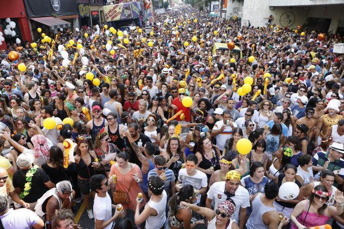 Blocos vão tomar às ruas de várias cidades brasileiras (Foto: Veja/Abril)