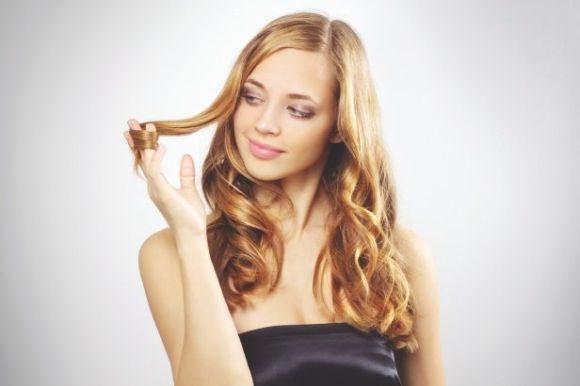 Os cabelos ondulados estão cada vez mais na moda (Foto Ilustrativa)