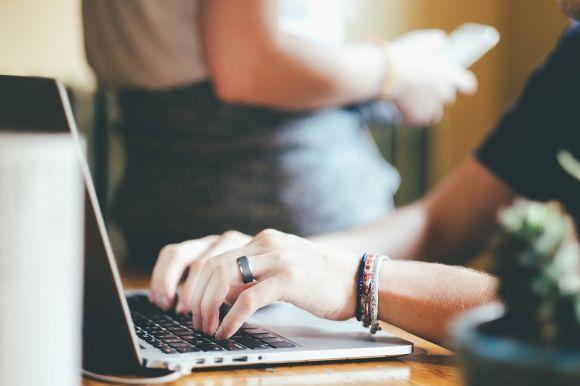 Cursos Técnicos online grátis (Foto Ilustrativa)