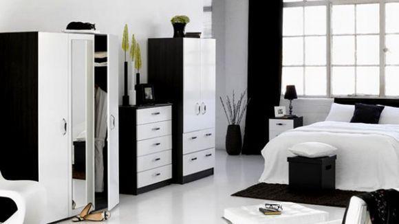 Quarto decorado em preto e branco (Foto Ilustrativa)