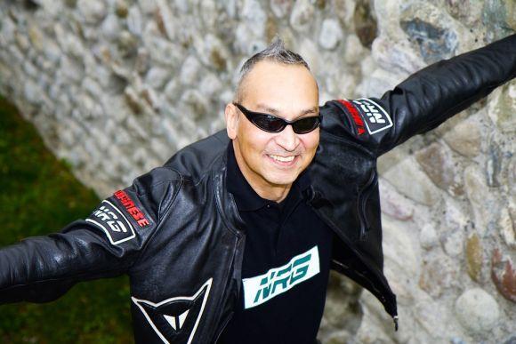 As jaquetas de couro estão entre as peças mais clássicas do vestuário masculino (Foto Ilustrativa)