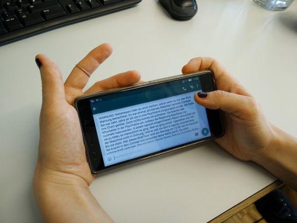 Sempre que você abre o mensageiro, fica online para os outros usuários (Foto Ilustrativa)