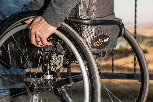 Senai cursos para pessoas com deficiência 2016