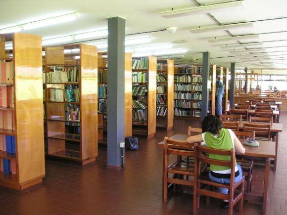 Muitos brasileiros têm ido estudar no exterior (Foto Ilustrativa)