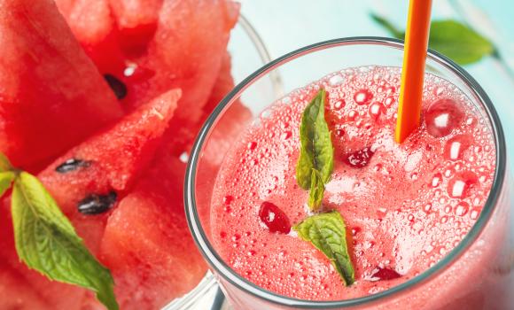 O shake de melancia evita a retenção de líquidos. (Foto Ilustrativa)
