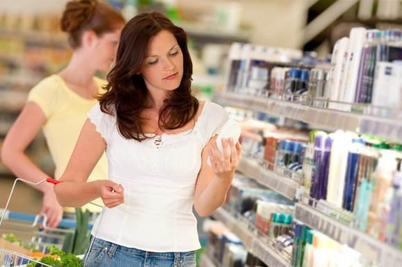 O melhor shampoo é aquele que limpa, hidrata e define os cachos. (Foto Ilustrativa)