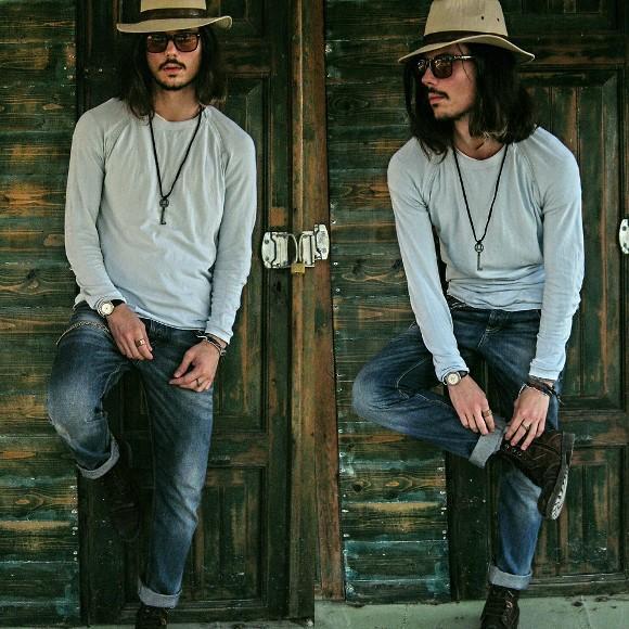 Look masculino com calçado abotinado. (Foto: Reprodução/Lookbook.nu)