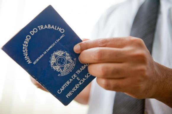 O cartão serve para receber o FGTS e o PIS. (Foto Ilustrativa)