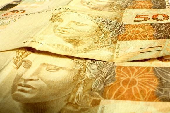 Para receber benefícios sociais e trabalhistas, é preciso contar com o cartão Cidadão. (Foto Ilustrativa)