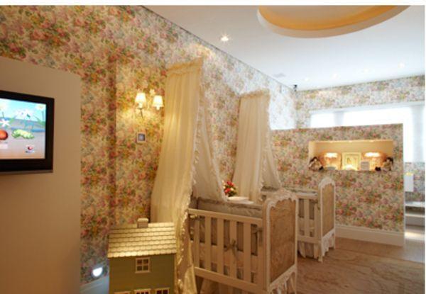 Decoração com estampas na parede (Foto: MDemulher)