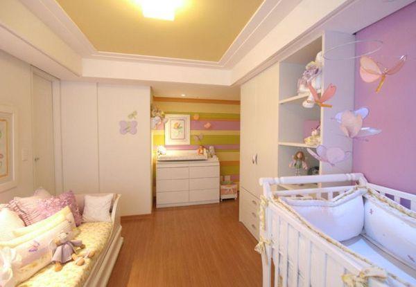 Use adesivos de parede delicados para deixar o ambiente bonito e sem gastar muito (Foto: Mdemulher)