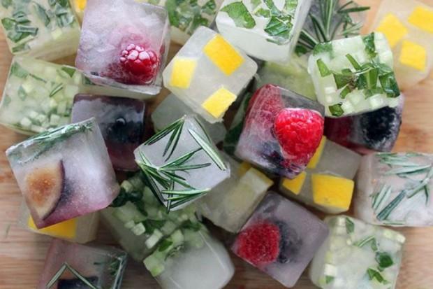 Deixe o gelo de elementos prontos  (Foto: Reprodução/Papo de Homem)