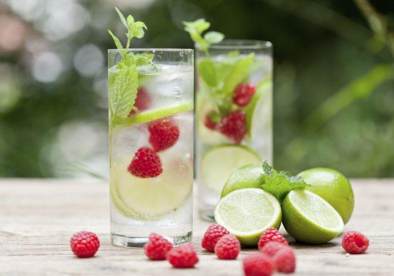 Bebida é importante no coquetel  (Foto: Reprodução/ M de Mulher)