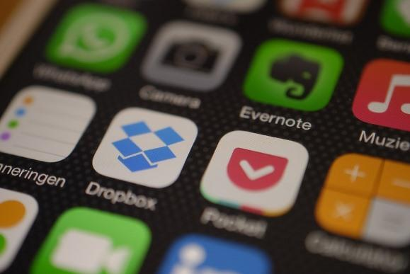 Use o Dropbox para guardar as suas conversas. (Foto Ilustrativa)