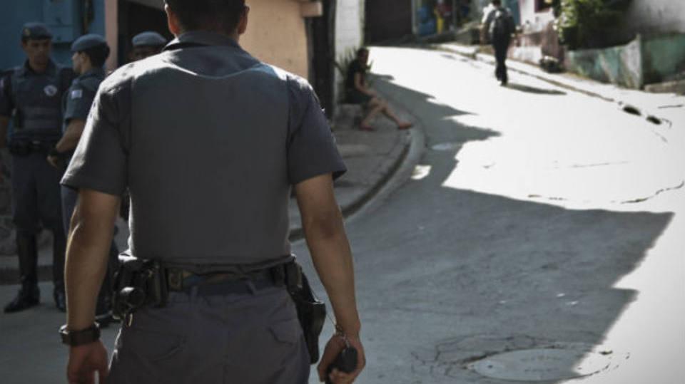 Policiais passam por treinamento (Foto: Exame/Abril)