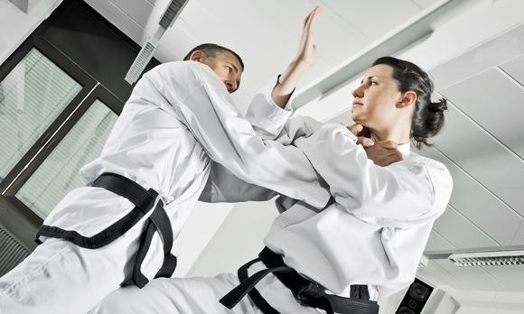 Encontre novos amigos fazendo jiu-jitsu. (Foto Ilustrativa)