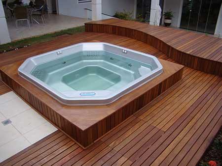Em lugares com banheira (Foto: Blog Decoração)