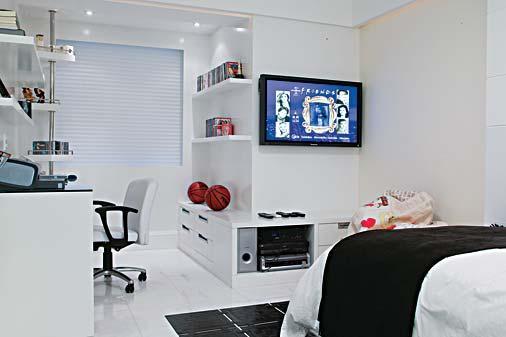 Aproveitando cada espaço na decoração (Foto: Ta Decorado)