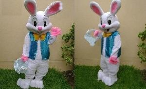 Festa a fantasia para comemorar Páscoa