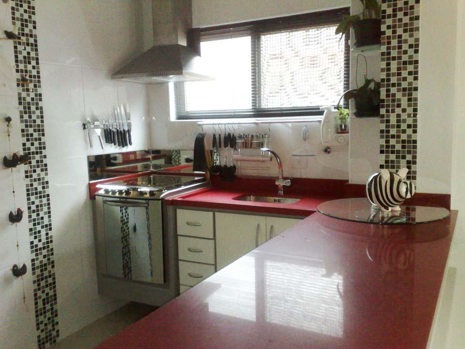 A cozinha planejada pronta (Foto: Casa Construída)