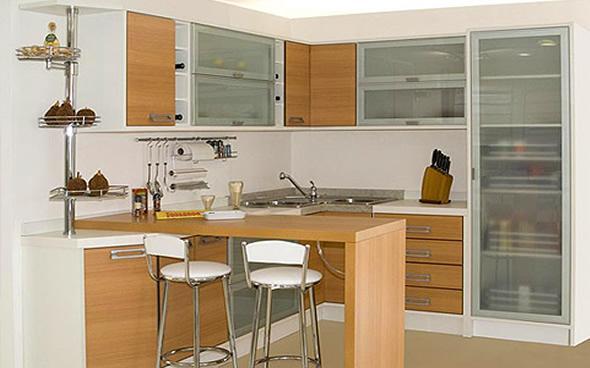 Cozinha planejada simples (Foto: Reprodução/Decorando Casas)
