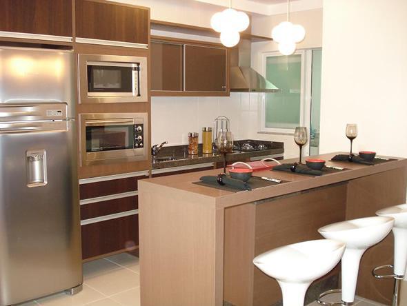 Cozinha planejada elegante (Foto: Reprodução/Decorando Casas)