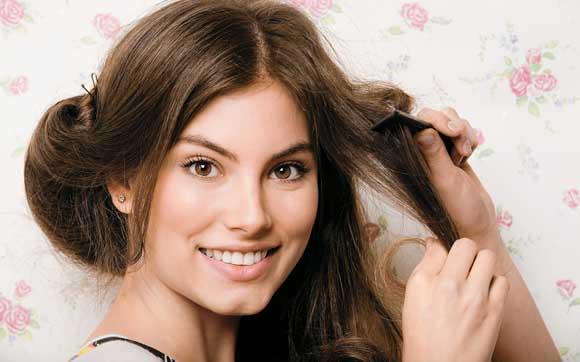 Cuide da sua alimentação para evitar problemas de saúde e também no cabelo (Foto: Capricho/Abril)