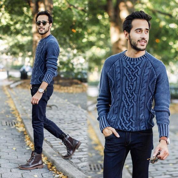 Suéter + calça jeans + coturno.