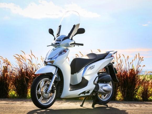 Nova Scooter SH 300i 2016: fotos, preços. (Foto: Divulgação)