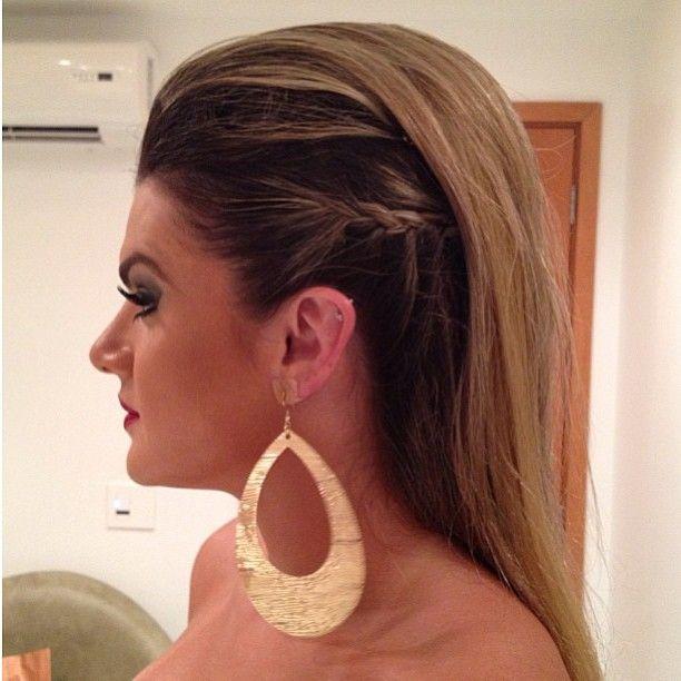 Penteado pode ser feito por você mesma, mas o ideal é sempre um profissional para fazer (Foto: Pinterest)
