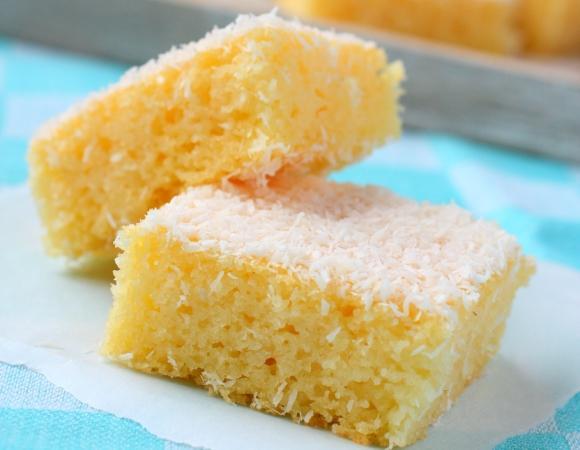 O bolo fica com uma textura macia e molhadinha. (Foto Ilustrativa)