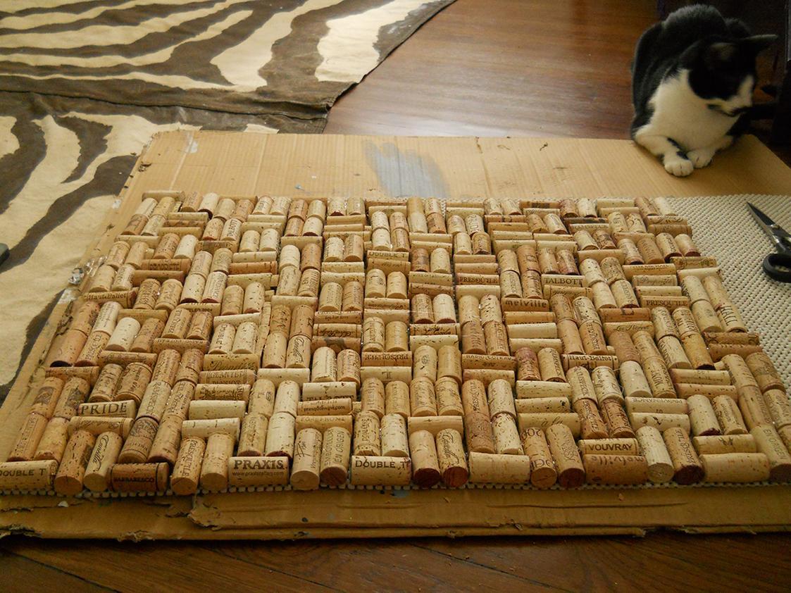 Passo a passo para montar tapete de rolha (Foto: Reprodução/Viva Decora)