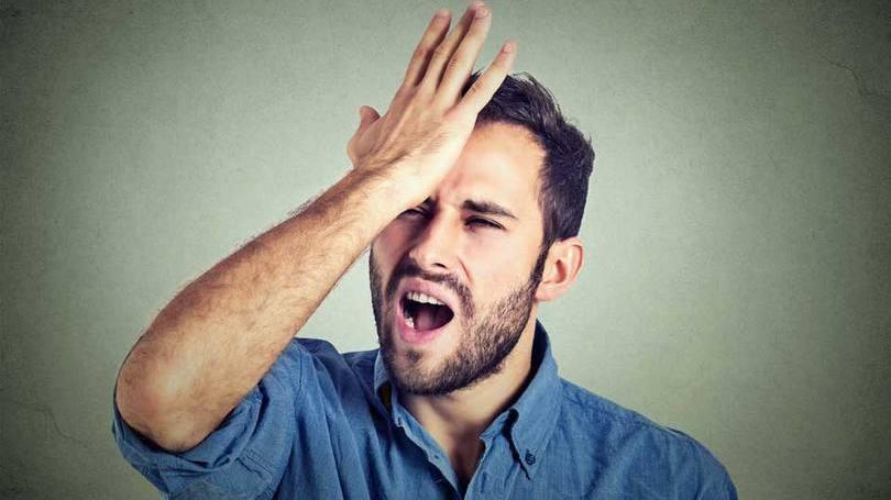 Outros homens, preferem assumir de vez a calvície  (Foto: Reprodução/Homens no Espelho)