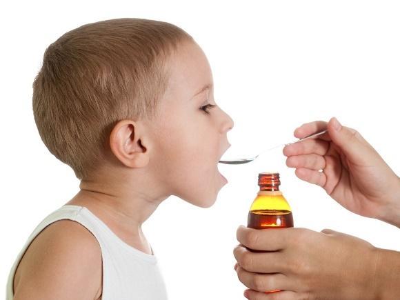 Xaropes caseiros para gripe e dores de garganta