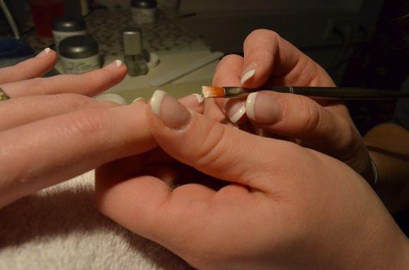 Curso de Manicure grátis (Foto Ilustrativa)