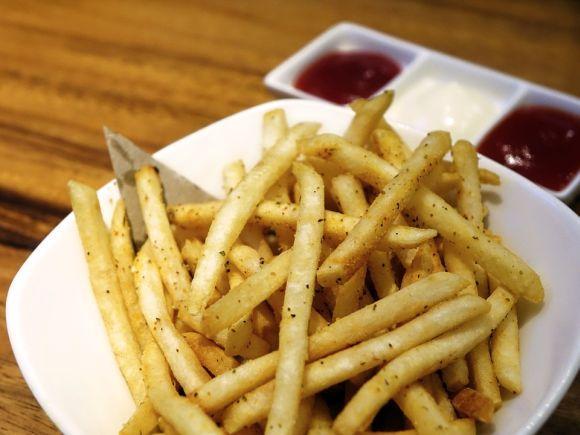 As dietas que prometem emagrecer comendo de tudo podem ser enganosas (Foto Ilustrativa)