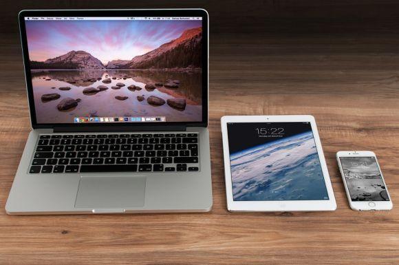 Os dispositivos móveis estão entre os produtos mais vendidos no Facebook (Foto Ilustrativa)