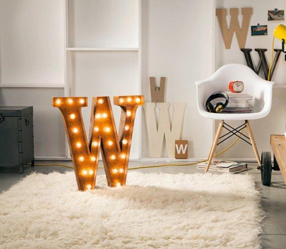 Letras decorativas na casa. (Foto: Reprodução/Etsy)