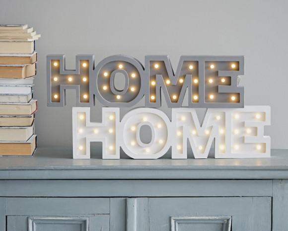 As letras agregam significado à decoração. (Foto: Reprodução/Houzz)
