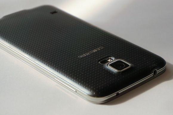 Com os cupons Picodi, você compra smartphones Samsung com até 25% de desconto (Foto Ilustrativa)