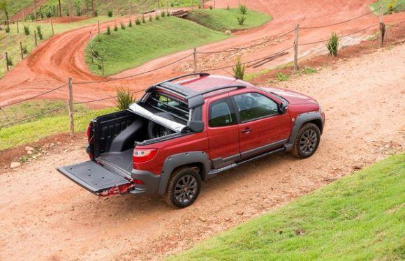 A Strada Adventure Extreme tem ainda mais tecnologia e design diferenciado (Foto: Divulgação Fiat)