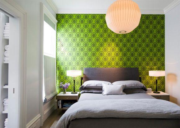 Decoração com tecido de parede no quarto de casal (Foto Ilustrativa)