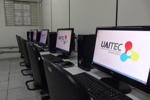 Uaitec cursos profissionais e idiomas gratuitos 2016 (Foto: Divulgação Uaitec)